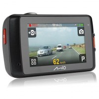 MIO MiVue 658 WiFi Touch autós kamera