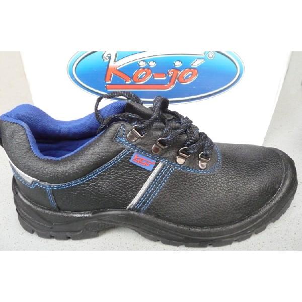 Kö jó acélbetétes munkavédelmi cipő 107 C2 9d2340a3eb