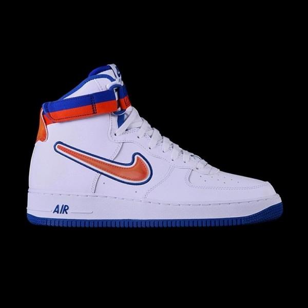 8d57264ce58 Nike Air Force 1 High  07 LV8 NBA New York Knicks · »